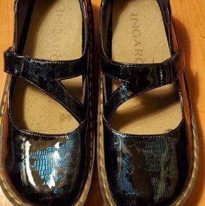 Ingaro size 6.5 nurse shoes